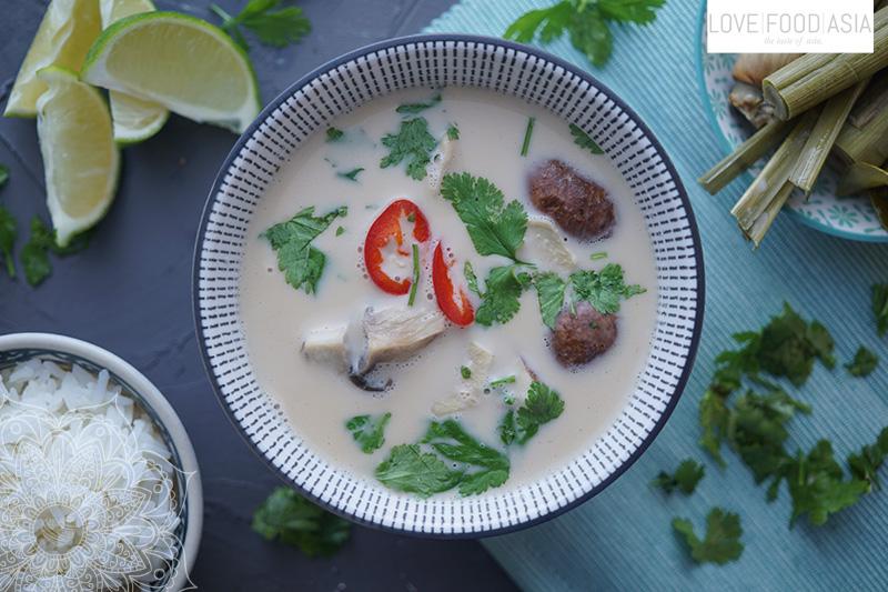 Thailändische Kokossuppe (Tom Kha Gai)