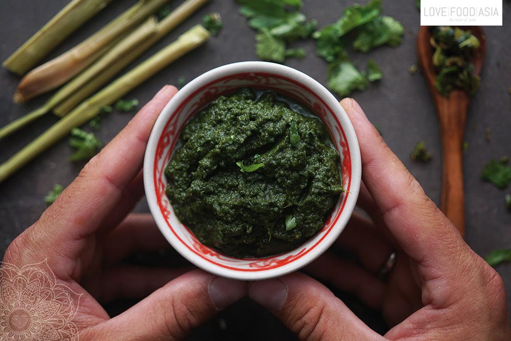 Hausgemachte Grüne Currypaste